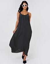 Just Female Hiro Maxi Dress