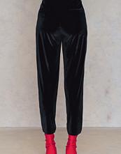Rut&Circle Adina velvet pant - Kostymbyxor