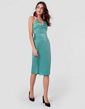 Rut&Circle Haley Wrap Dress grön