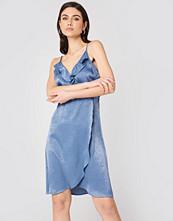Rut&Circle Hanna Frill Dress - Midiklänningar
