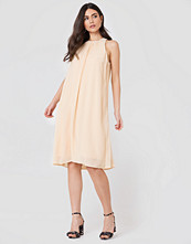 Filippa K Flowy Crinkle Dress