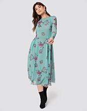 Rut&Circle Long Sleeve Mesh Dress grön