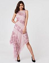 Keepsake Hold On Midi Dress