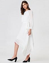 Keepsake Hideaway LS Dress
