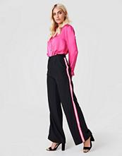Trendyol Wide Side Striped Pants