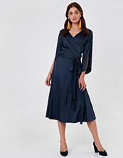 Rut&Circle Fab Wrap Long Dress