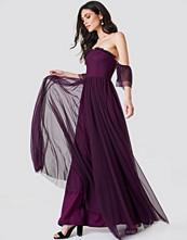 Trendyol Off Shoulder Tulle Maxi Dress