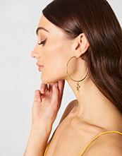 Tranloev Rose Loop Earrings
