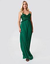 Trendyol Lace Ruffle Maxi Dress