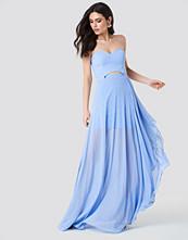 Trendyol Strapless Asymmetrical Maxi Dress blå