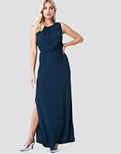 Minimum Jilian Maxi Dress - Maxiklänningar