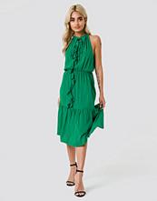 Trendyol Neck Drawstring Midi Dress