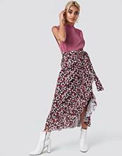 NA-KD Trend Mesh Overlap Maxi Skirt