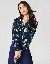 Rut&Circle Damia Flower Blouse - Blusar