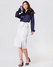 NA-KD Boho Button Linen Look Midi Skirt - Midikjolar