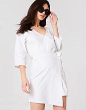 NA-KD Trend Wrap Mini Linen Look Skirt