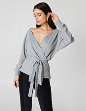 NA-KD Tied Front Deep Neck Sweater