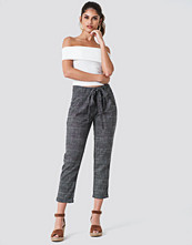 Trendyol Tied Waist Checkered Pants - Byxor