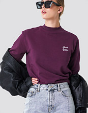 NA-KD Good Vibes Sweatshirt lila
