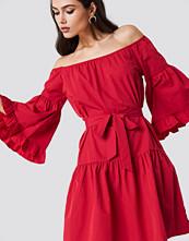 Trendyol Off Shoulder Frill Midi Dress