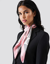 Trendyol Graphic Pattern Scarf