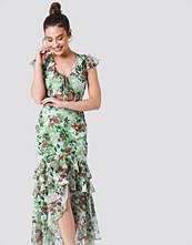 Trendyol Tie Front Ruffle Detailed Dress multicolor