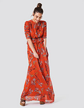 Trendyol Ruched Sleeve Maxi Dress multicolor