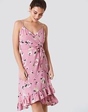 Trendyol Frill Flower Midi Dress