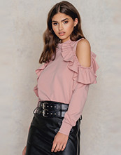 Glamorous Cold Shoulder Ruffle Top