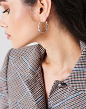 NA-KD Accessories Asymmetric Mini Hoop Earrings