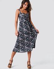NA-KD Boho Bustier Midi Dress multicolor