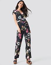 Trendyol Floral Printed Jumpsuit