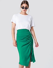 NA-KD Satin Drawstring Midi Skirt - Midikjolar