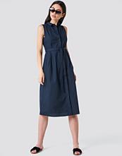 Mango Belt Shirt Dress blå