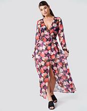 NA-KD Boho Open Sleeve Chiffon Coat Dress multicolor