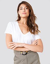 NA-KD Basic Cropped V-neck Tee vit