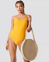 NA-KD Swimwear Basic Front Ruched Swimsuit gul