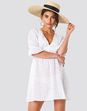 Trendyol Beach Midi Dress vit