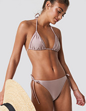 NA-KD Swimwear Shiny Triangle Panty - Bikini
