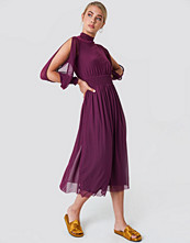 NA-KD Boho Mesh Open Sleeve Dress lila