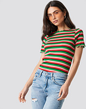 NA-KD Trend Babylock Striped Tee grön