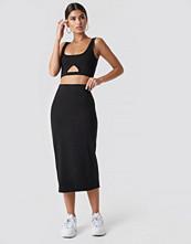 NickiXNaKd Basic Midi Skirt