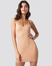 Nicki x NA-KD Thin Strap Bodycon Dress beige