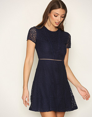 Michael Kors kjole, Navy Yala Lace Dress