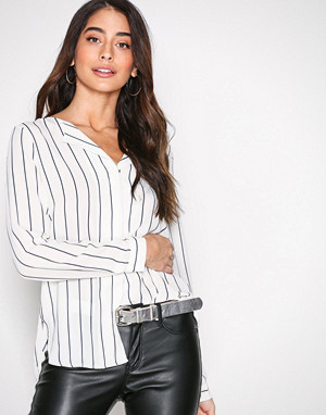 6ba1fa43 Selected Femme bluse, Slfdynella Stripe Ls Shirt Noos Mørk blå
