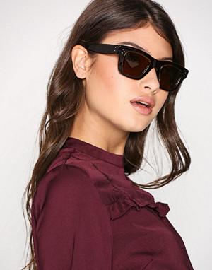 Céline solbriller, Gaby
