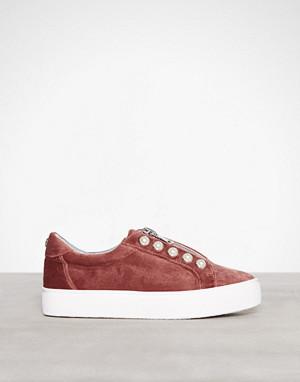 Steve Madden sneakers, Mauve Lynn Sneaker