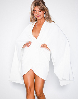 Missguided kjole, White Cape Plunge Mini Dress
