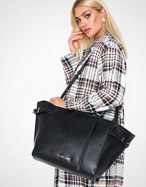 Calvin Klein håndveske, Extended E/W Shopper