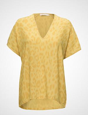 Rabens Saloner T-skjorte, Bright Leopard Blouse T-shirts & Tops Short-sleeved Gul RABENS SAL R